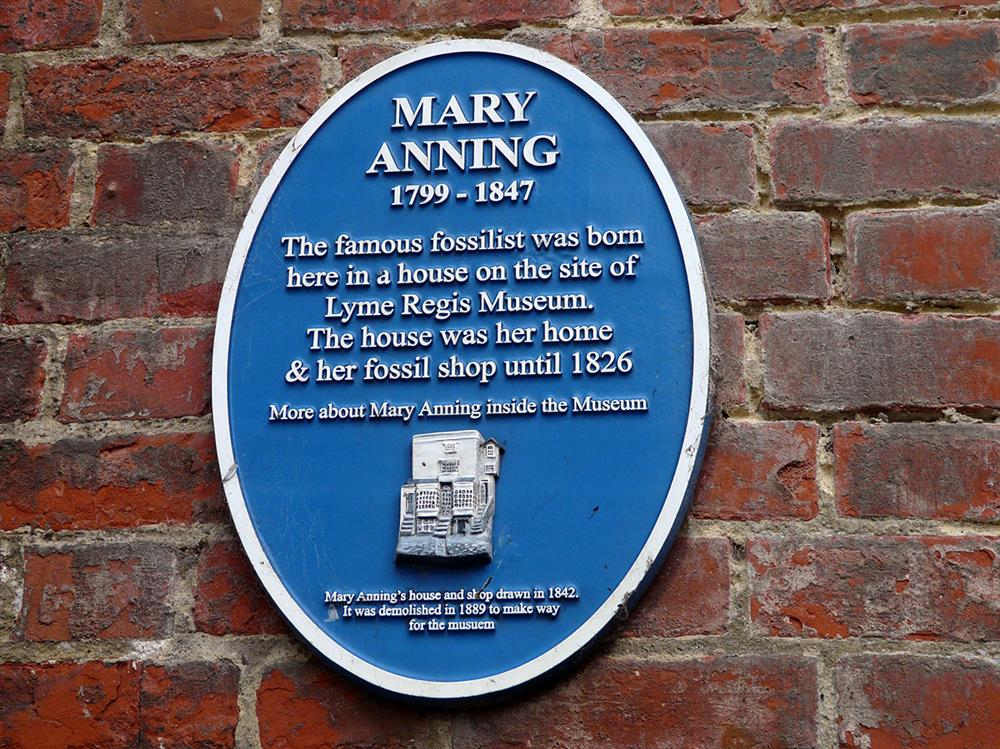 Mary Anning blue plaque